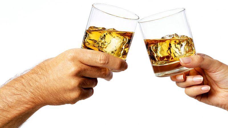 TAPDK verilerine göre 2015'te viski tüketimi %15 lik artış göstererek 7 milyon 15 bin 857 litreye yükseldi. 7️⃣0️⃣1️⃣5️⃣8️⃣5️⃣7️⃣ Haberimin tamamı için profilimdeki linki tıklayın👆
